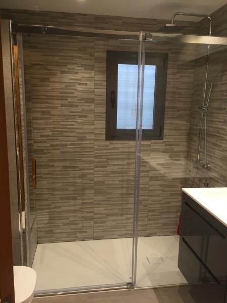Reforma completa cuarto de baño en Valencia - Valenducha.com